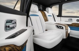 Rolls-Royce Cullinan, 2018, rear seats