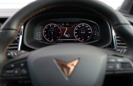 Cupra Ateca, 2019, instrument panel