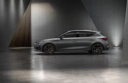Cupra Leon e-Hybrid, 2020, side