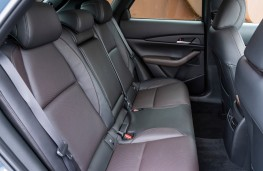 Mazda CX-30, interior, rear