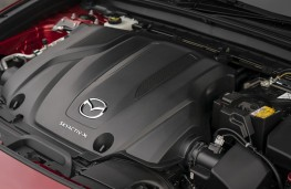 Mazda CX-30 SkyActiv-X, 2019, engine