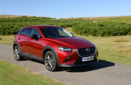 Mazda CX-3 Sport Black, 2018, front, static