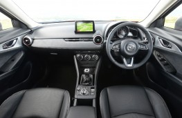 Mazda CX-3 Sport Black, 2018, interior