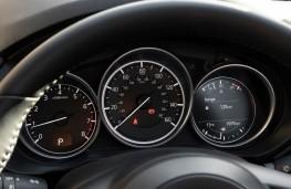 Mazda CX-5, 2018, instrument panel