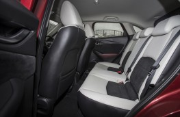 Mazda CX-3, red, rear seats