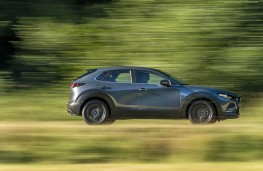 Mazda CX-30, 2019, side, action
