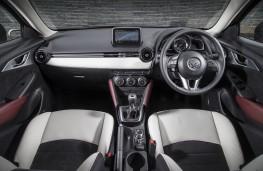 Mazda CX-3, white, interior