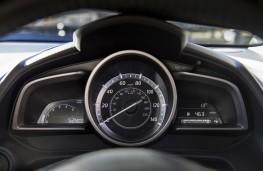 Mazda CX-3, white, instruments