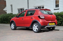 Dacia Sandero Stepway, rear