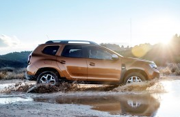 Dacia Duster 2018 side action