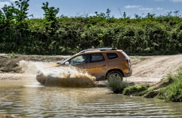 Dacia Duster, offroad 1