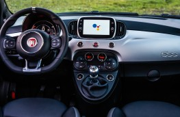 Fiat 500 Hey Google, 2021, dashboard
