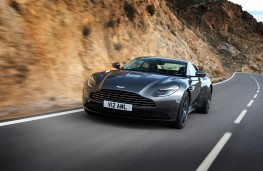 Aston Martin Vantage DB11
