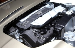 Aston Martin DB11, engine
