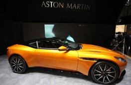 Aston Martin DB11, side
