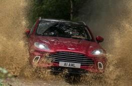Aston Martin DBX, 2020, off road, front, mud