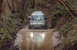 Land Rover Defender, 2020, off road, wading