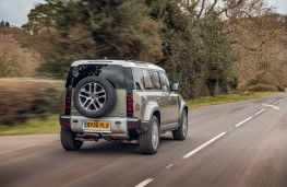 Land Rover Defender, 2020, rear