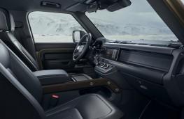 Land Rover Defender, 2019, interior