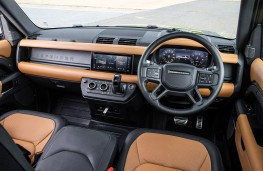Land Rover Defender 90, 2020, interior