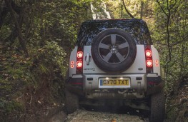 Land Rover Defender 90, 2020, rear, off road
