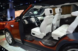 Land Rover Discovery, interior, 2016, Los Angeles auto show