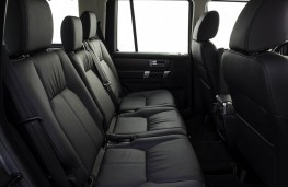 Land Rover Discovery, 2017, rear seats
