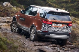 Land Rover Discovery, 2017, rocks, rear