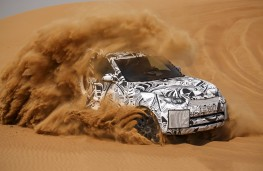Land Rover Discovery, 2016, sand testing
