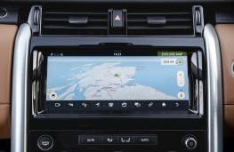 Land Rover Discovery, 2017, display screen, sat nav
