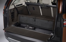 Land Rover Discovery, 2017, boot
