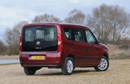 Fiat Doblo, rear