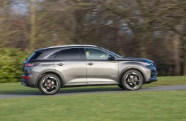 DS7 Crossback, side