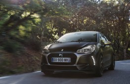 DS 3 Performance, front action