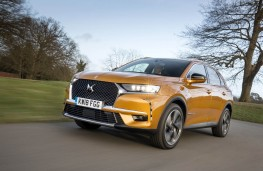 DS 7 Crossback, front action 2