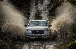 DS 7 Crossback E-Tense 4x4, 2019, front, off road, mud