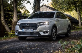 DS 7 Crossback E-Tense 4x4, 2019, front, static