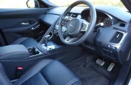 Jaguar E-Pace, interior