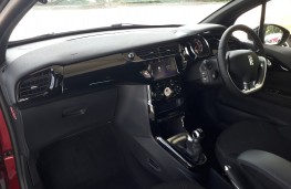DS 3 Conncected Chic, interior
