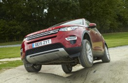 Land Rover Discovery Sport, off road, front