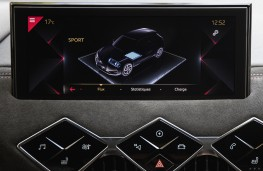 DS 3 Crossback E-Tense, 2019, display screen