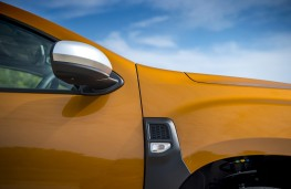 Dacia Duster, 2018, side panel