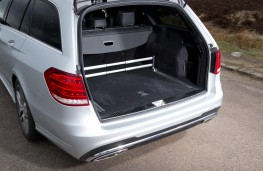 Mercedes E-Class Estate, boot