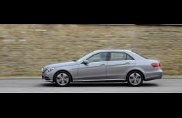 Mercedes E-Class, side