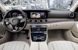 Mercedes-Benz E-Class All-Terrain, interior