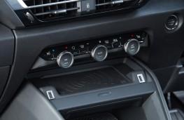 Citroen e-C4, 2021, controls