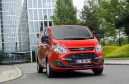 Ford Transit Custom EcoBlue, front, action