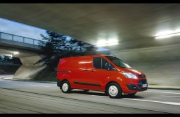 Ford Transit Custom EcoBlue, side, action