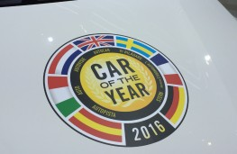 Vauxhall Astra, European Car of the Year 2016, motif, Geneva Motor Show