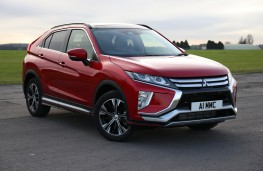 Mitsubishi Eclipse Cross, front quarter